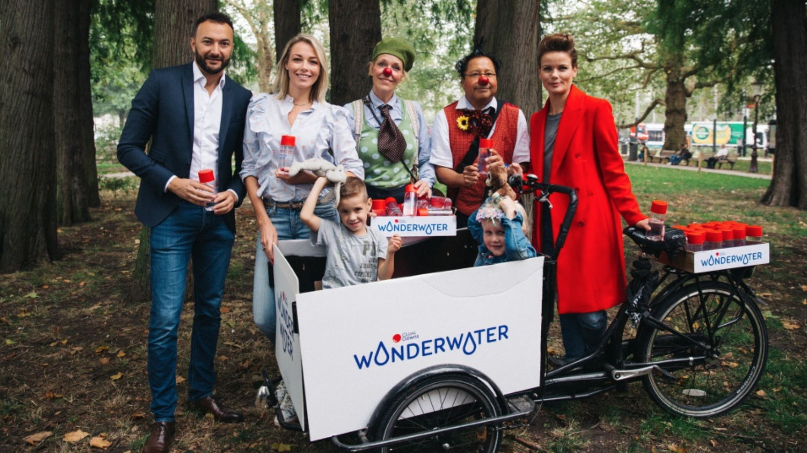 Clini Clowns lanceert flesjes WonderWater